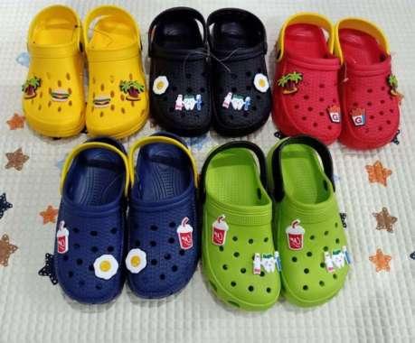 harga Jual Sepatu Sandal Crocs Anak Ukuran 17cm Hingga 22cm Pop Up Motif Lucu - Laki-laki 17cm Murah Blibli.com