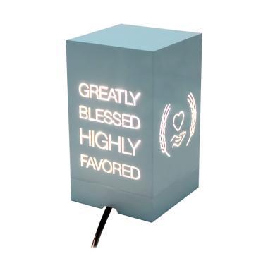 Lantern Shaggy Blessed Box Lampu Hias - White