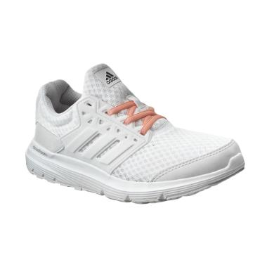 Harga Sepatu Adidas Untuk Lari Terbaru – vudd.co 0df224397b