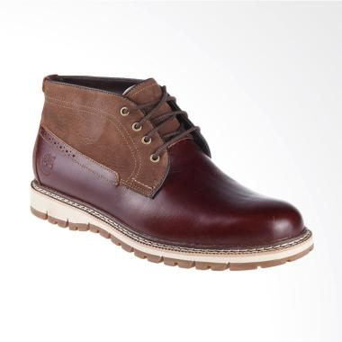 Timberland Britton Hill Waterproof Chukka Sepatu Boot - Chesnut