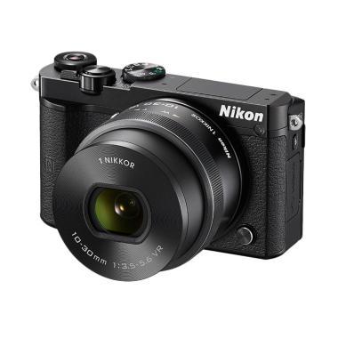 Nikon 1 J5 10-30mm VR KIT Kamera Mirrorless - Hitam [20.8 MP]
