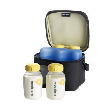 Medela Cooler Bag with 4 breastmilk bottles & 1 Coolling element