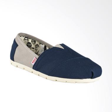 Harga Wakai Shoes Original Murah - Daftar 64 Produk Harga Promo ... 0a7e57b65f