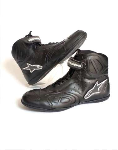 harga Sepatu Motor Touring Pria Casual Bahan Kulit Sapi Asli Sepatu Alpin Harian Bikers Boot Balap Keren Leather 42 BLACK WHITE Blibli.com