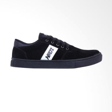 Hurricane Fall Winter Edition Shoes Sepatu Sneakers - Black [H 5372]