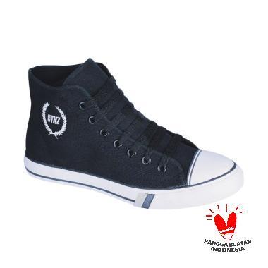 https://www.static-src.com/wcsstore/Indraprastha/images/catalog/medium//785/catenzo_catenzo-ja-002-sepatu-sneakers_full02.jpg