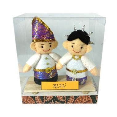 MMS Pakaian Adat Riau Boneka