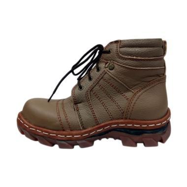 Kalong 011 Men Boots Shoes - Coklat