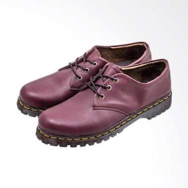 Everflow A096 Fashionable Synthetic Women Docmart Boots - Maroon