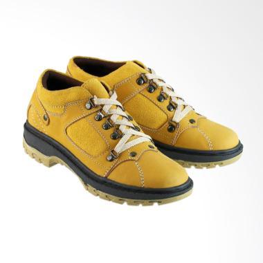 Golfer Tracking Sepatu Boots Pria - Tan  8007  77927c7b0e