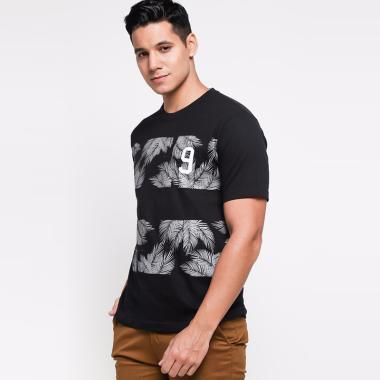 https://www.static-src.com/wcsstore/Indraprastha/images/catalog/medium//80/MTA-2530401/ben---bella_ben---bella-men-austin-9-graphic-tees-t-shirt-pria---black_full02.jpg