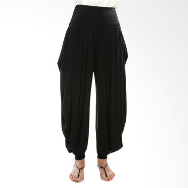 https://www.static-src.com/wcsstore/Indraprastha/images/catalog/medium//805/gatsuone_gatsuone-ebony-pants---black_full05.jpg