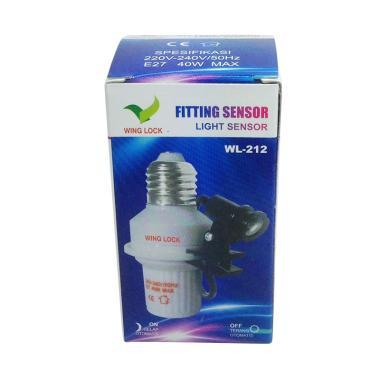 Fitting Lampu Otomatis Sensor Cahaya Tanpa Instalasi