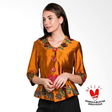 Lombang Batik by Yati Law Kebaya Bordir Bunga Atasan Wanita