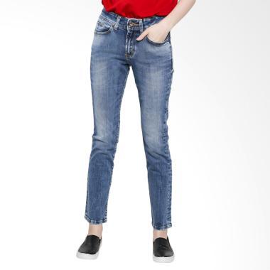 Lois Girl FTW 205 K High Rise Strai ...  Pants Denim - Light Blue