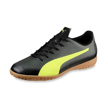 PUMA Spirit It Sepatu Futsal Pria  10449703 . Rp699.000. Rp454.350 (-35%) · PUMA  One 4 Illuminate Synthetic IT Sepatu Futsal Pria - Green Grey d236a7bd69