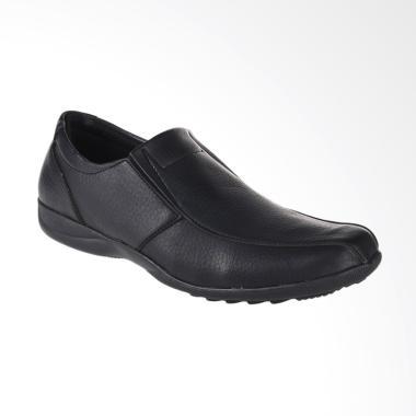 Yongki Komaladi Sepatu Pria - Hitam [UJS-521205]