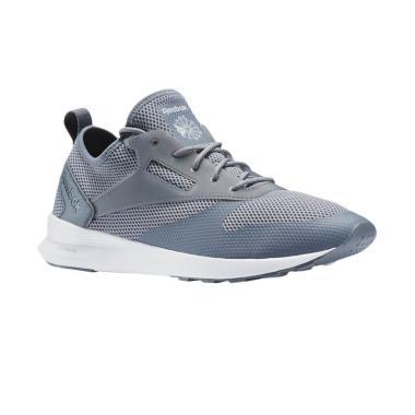 Daftar Harga Sepatu Casual Reebok Termurah Maret 2019  1b8d302c87