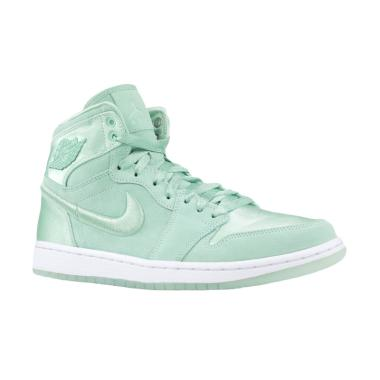 NIKE Women Air Jordan 1 Retro High  ...  - Mint Foam [AO1847-345]