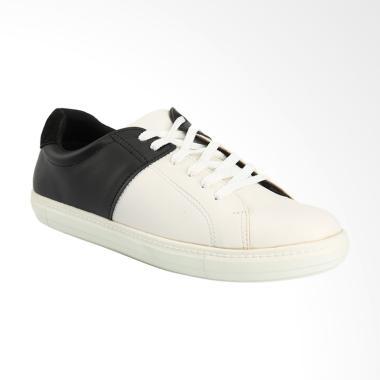 Yongki Komaladi Sepatu Pria - Black [NM42320016]