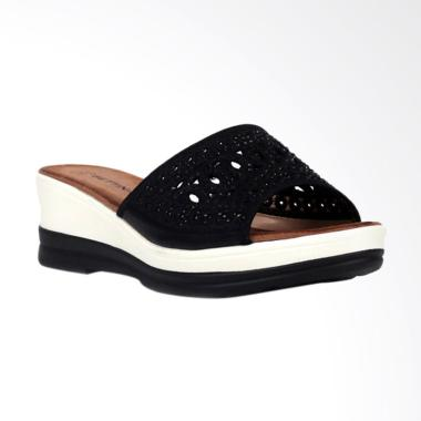 Bettina Baptista Sandals Wanita - Black