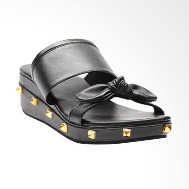 Akane AK-AJ111 Sandal Wedges - Black