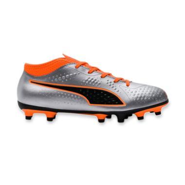 PUMA One 4 SYN FG Sepatu Sepak Bola Pria - Silver 9cc1dc9109