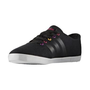 adidas QT Vulc VS Women Sepatu Olahraga Wanita - Black [AW4745]