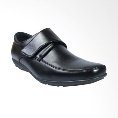 Jackson Fly 3 Sepatu Pria - Black