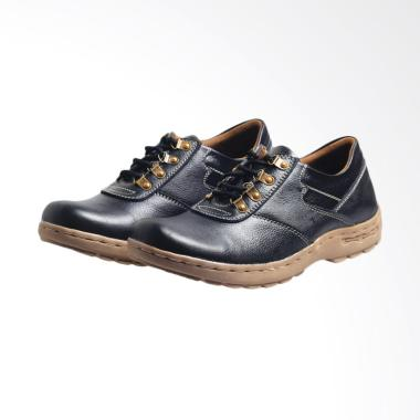 Recommended Sepatu Kasual Pria Kulit Asli - Hitam [234RCM]