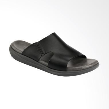 Yongki Komaladi Sandal Pria - Black [TOS42380012]