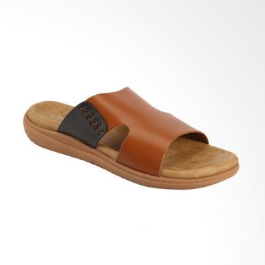 Yongki Komaladi Sandal Pria - Camel [TOS42380012]