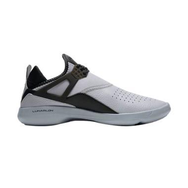 NIKE Jordan Fly 89 Sepatu Basket Pria - Grey