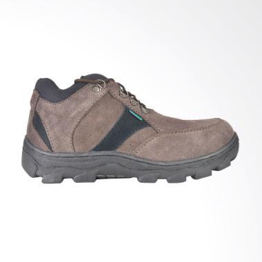 CBR Six Sepatu Tracking Pria - Coklat [JOC 211]