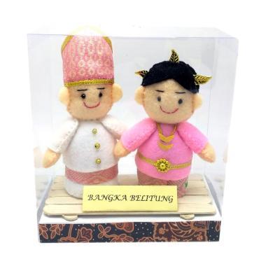MMS Pakaian Adat Bangka Belitung Boneka
