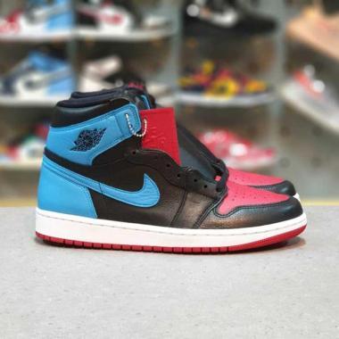 harga NIKE Air Jordan 1 High OG Ladies UNC Chicago Sepatu Sneakers Blibli.com