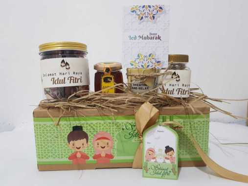 Parsel Ramadan Parcel Ramadhan Hamper Hampers Lebaran cantik Murah Coklat Madu kacang nut scented candle