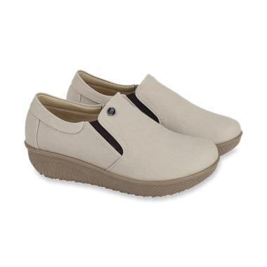 17c3ba290019 Jual Sandal   Sepatu Wedges Branded Terbaru - Harga Terjangkau ...