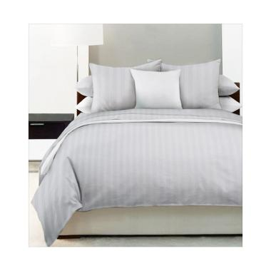 King Rabbit Garis Gaultier Bed Cover - White