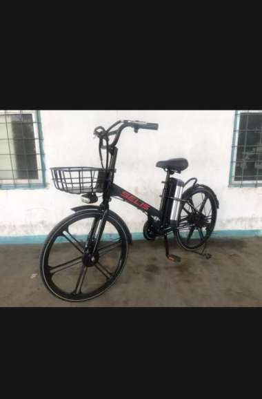 Sepeda listrik Selis tipe IOI - Special Promo hitam