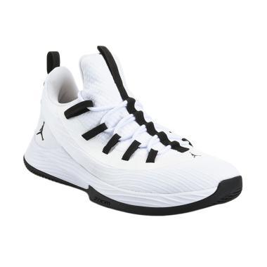 Nike Men Basketball Jordan Ultra Fly 2 Low Sepatu Basket Pria