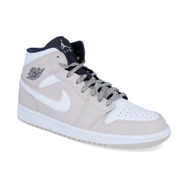 9c60cd79f2a ... czech nike air jordan 1 mid mens basketball shoes light brown aa8d7  af9b0