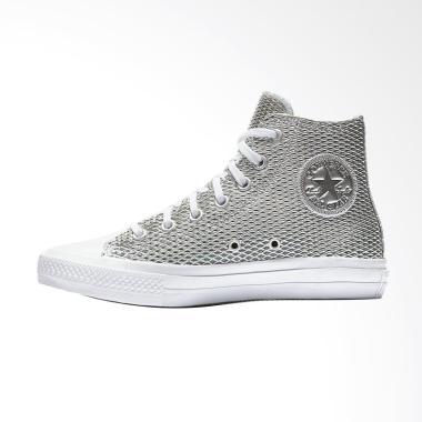 Converse Chuck Taylor 2 All Star Pe ... i Sneaker Wanita - Silver