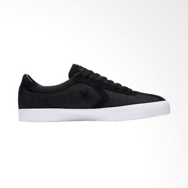 Converse Breakpoint OX Sneakers Pria - Black [155581C]