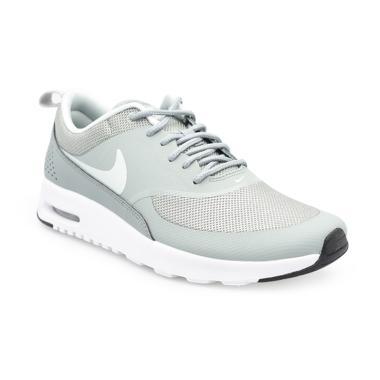 NIKE Sportswear Air Max Thea Sepatu Olahraga Wanita . ea9455b7b7