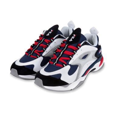 Daftar Harga Sepatu Fila Terbaru Terupdate Blibli Com 904c79c888
