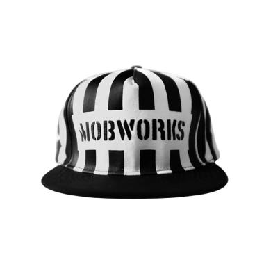 Mobworks Snapback Topi Pria - Hitam Putih