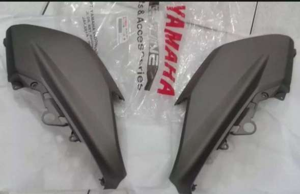 body cowling nmax original yamaha, tameng depan nmax, body depan kanan kiri nmax old hitam doff