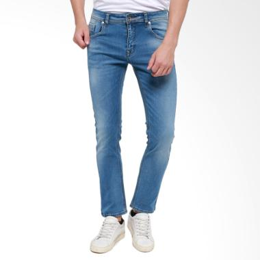 https://www.static-src.com/wcsstore/Indraprastha/images/catalog/medium//89/MTA-1958001/edwin_edwin-celana-jeans-506-37-41-slim-fit-pria-panjang-biru-muda_full05.jpg