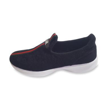 DSand Sepatu Sneaker Slip On Wanita
